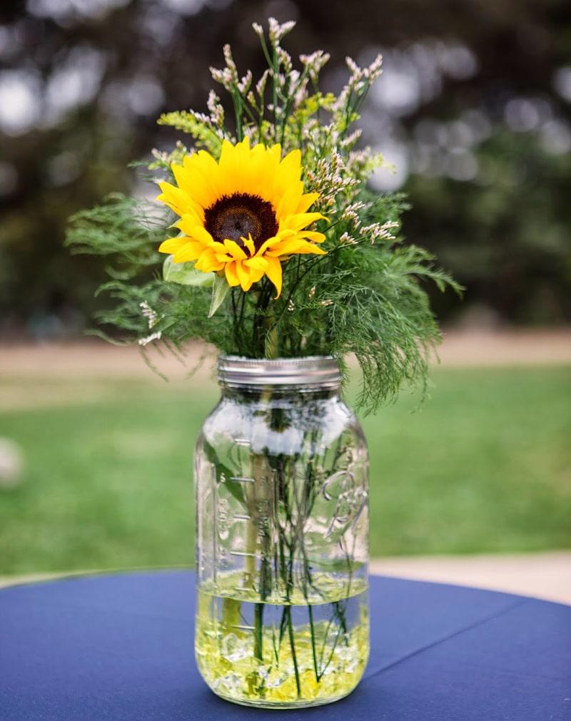 3 cách bảo quản hoa hướng dương tươi lâu nhất-