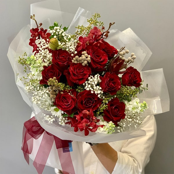 Cách bó hoa hồng tỉ muội tặng bạn gái ngày 8/3