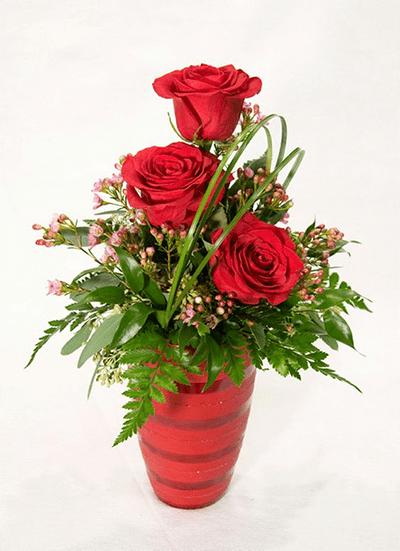 Cách cắm hoa hồng kết hợp lá dương xỉ đẹp hút hồn 12
