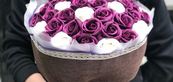 Cách làm bó hoa tặng người thân vừa đơn giản vừa đẹp
