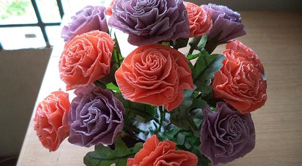 Những cách làm hoa cẩm chướng bằng giấy nhún đơn giản