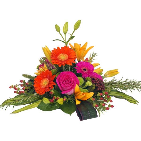 Hình tham khảo cắm hoa kiểu chóp nón