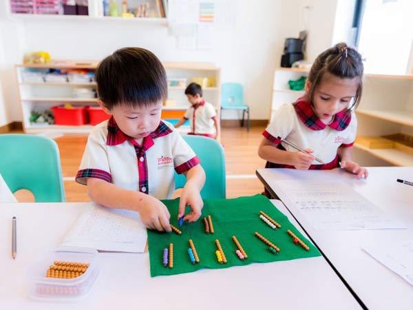 Bài tập ngôn ngữ rèn luyện trí thông minh của trẻ