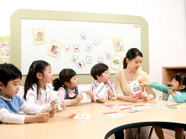 Bạn biết gì về phương pháp giáo dục Glenn Doman?