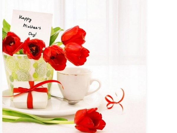 """Hoa tặng mẹ - 8 cách chọn và tặng hoa """"ngày của mẹ"""" ý nghĩa"""