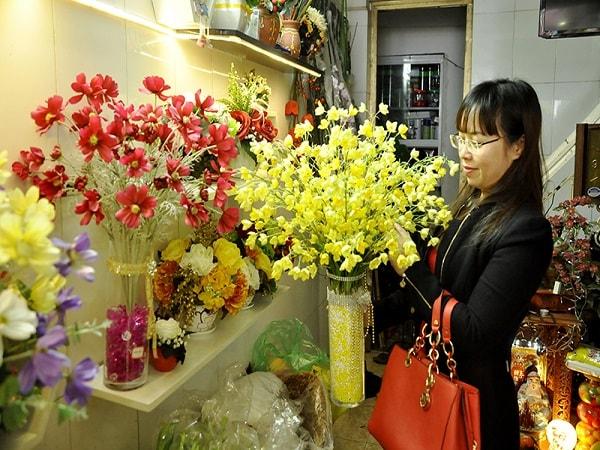 Cách chọn hoa Tết cho gia đình Việt