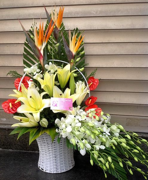 Cắm hoa theo phong cách hiện đại