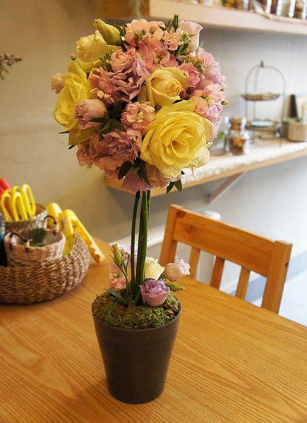 Chậu hoa đẹp với ý tưởng hình cầu cho ngày 20/11