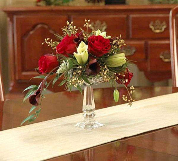 Cắm hoa hồng theo hình bán nguyệt