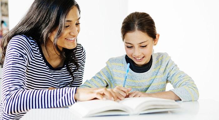 Tạo cơ hội gia sư và trẻ tiếp xúc với nhau