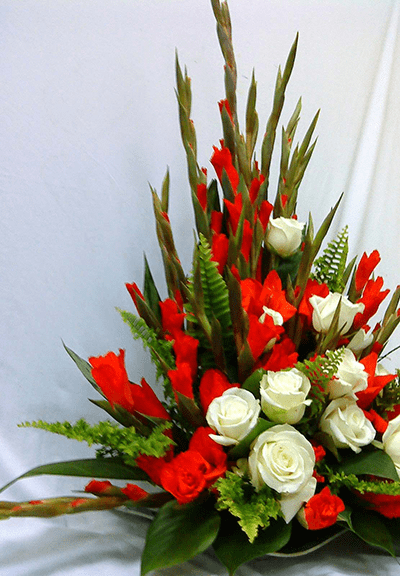 """Hoa lay ơn cắm theo phong cách """"nghìn tay"""""""