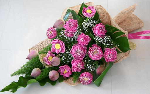 Hoa sen mang trong mình những phẩm chất của sự thanh cao