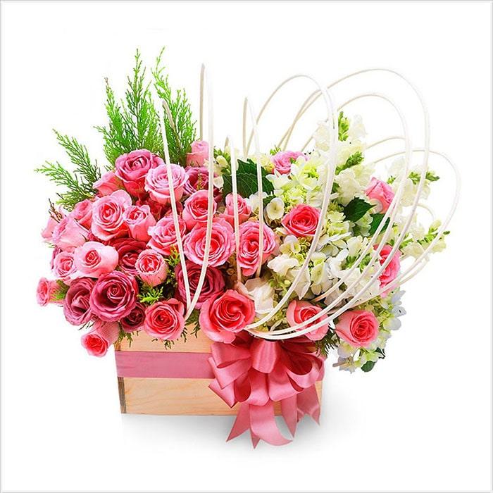 Hoa tươi luôn là món quà tuyệt vời nhất trong các dịp đặc biệt